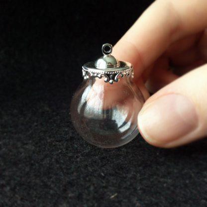 Стеклянная сфера с ажурной площадкой 25мм серебро