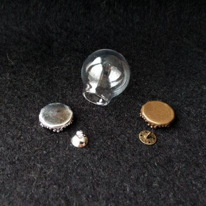 Стеклянная сфера с ажурной площадкой 25мм серебро и бронза